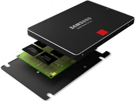 Samsung начинает производство 3D-памяти